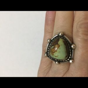 Vintage Jewelry - Native American Sterling Silver Turquoise Ring